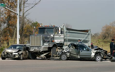 Truck Accident Lawyer: What You Should Know